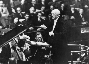 El compositor y director de orquesta Richard Strauss (1864-1949).