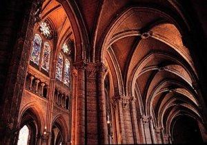 Francia_Chartres_naves_jpg