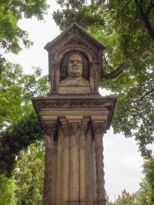 Monumento a Bach erigido en Leipzig por Felix Mendelssohn en 1843.
