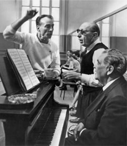 El coreógrafo Georges Balanchine e Ígor Stravinsky durante los ensayos del ballet Agon [].