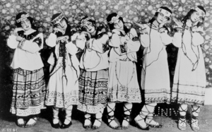 La mezcla de folclorismo y vanguardia de La consagración de la primavera [1913] provocó uno de los mayores escándalos musicales del siglo XX.