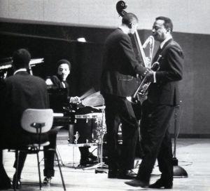 """Miles Davis con su """"segundo"""" quinteto, en 1964."""